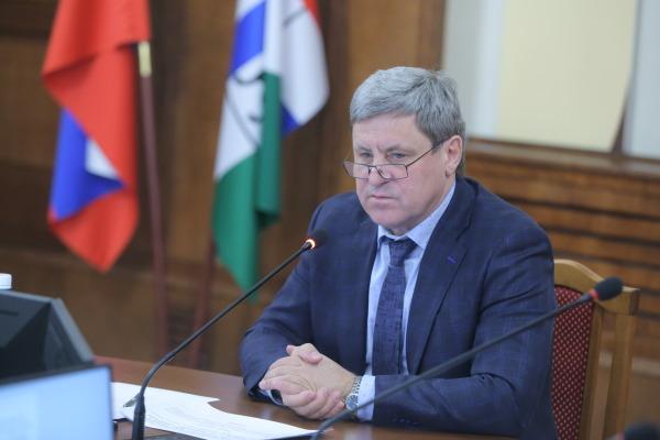 Миниатюра для: Новосибирские парламентарии: «Задачи штрафовать нет, есть необходимость сделать движение древесины законным»