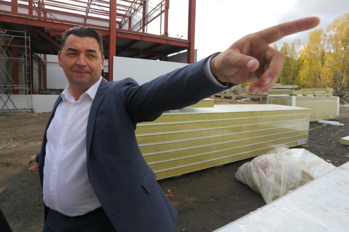 Миниатюра для: Новосибирский бизнесмен вышел в финал конкурса, где ЕР отбирает будущих кандидатов в ГД