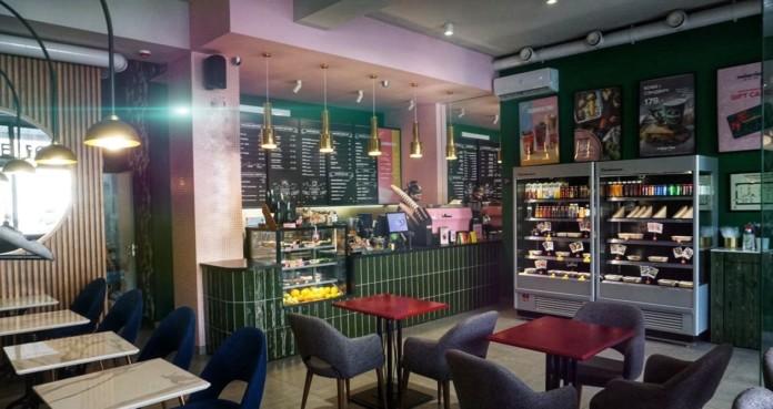 Миниатюра для: Крупная новосибирская сеть кофеен выставила на продажу свое заведение в центре города