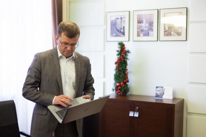 Траты жителей Новосибирской области на азартные игры и благотворительность увеличились почти в 3 раза