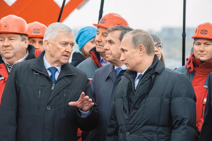 Миниатюра для: Экс-работники новосибирского «Сибмоста» пожаловались президенту РФ на невыплаты зарплат и компенсаций
