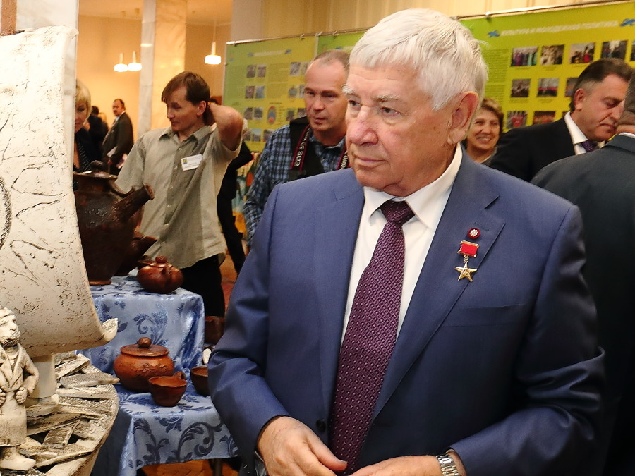 Юрий Бугаков
