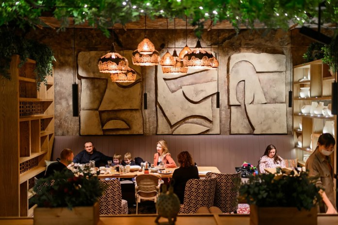 Миниатюра для: Новосибирские рестораны «Чучвара» меняют концепцию