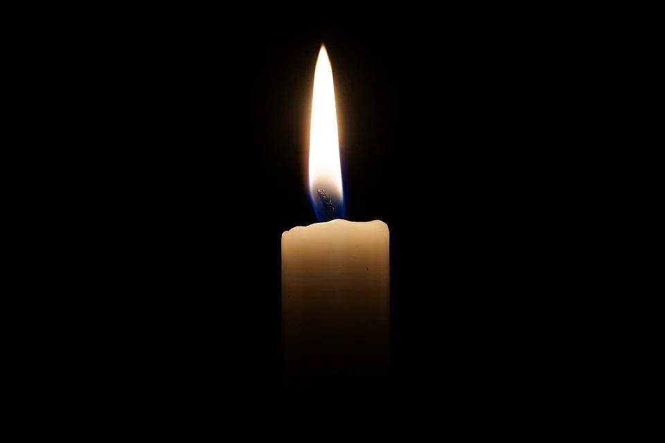 Траур, свеча