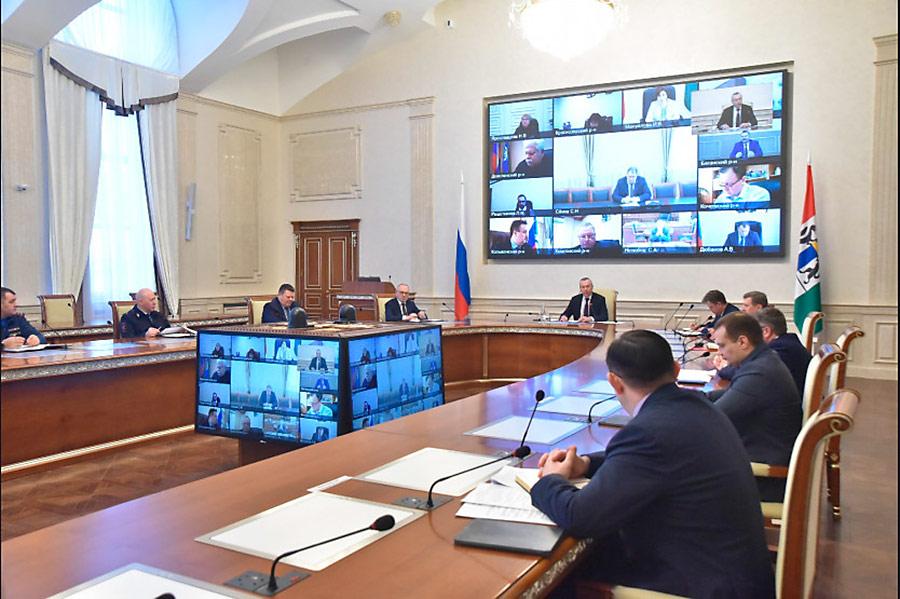 Оперативное совещание в областном правительстве