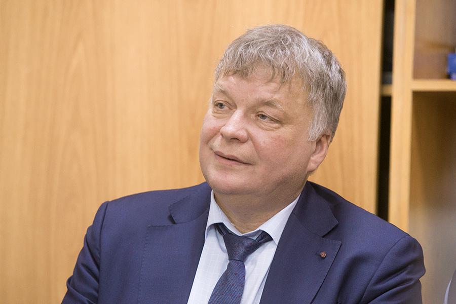 Александр Викторович Глухов