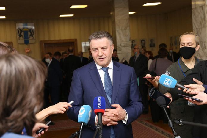 Миниатюра для: Депутаты новосибирского Заксобрания увеличили бюджет региона