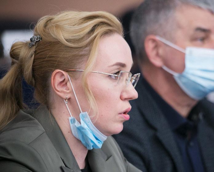 Миниатюра для: Новосибирский депутат-единоросс предложила усыплять бездомных собак