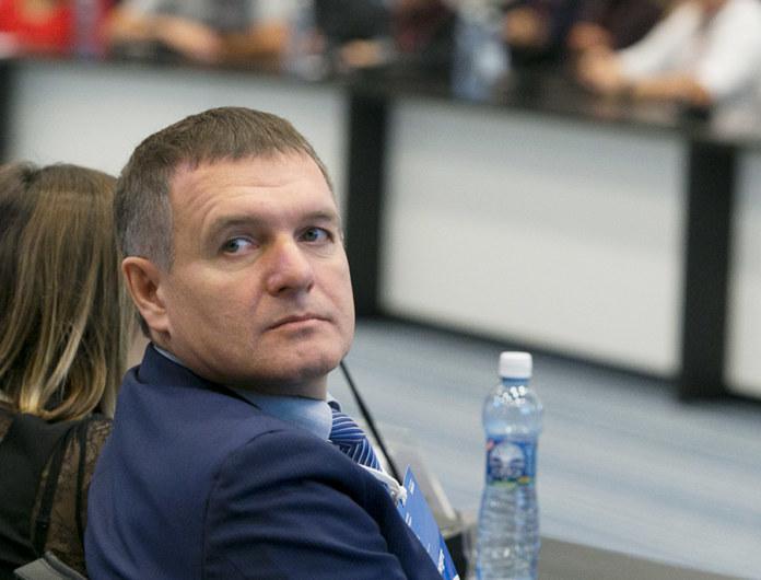 Миниатюра для: Виталий Витухин официально возглавил департамент промышленности мэрии Новосибирска