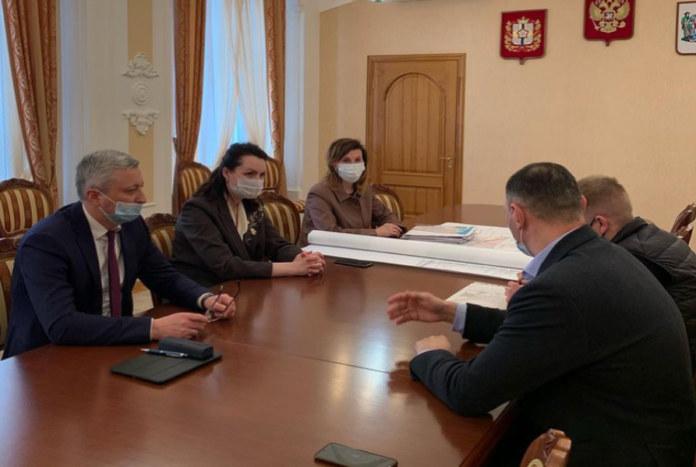 Встреча мэра Омска с представителями компании