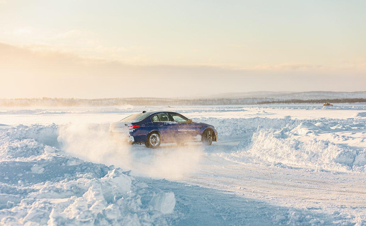 Тест-драйв BMW - вираж
