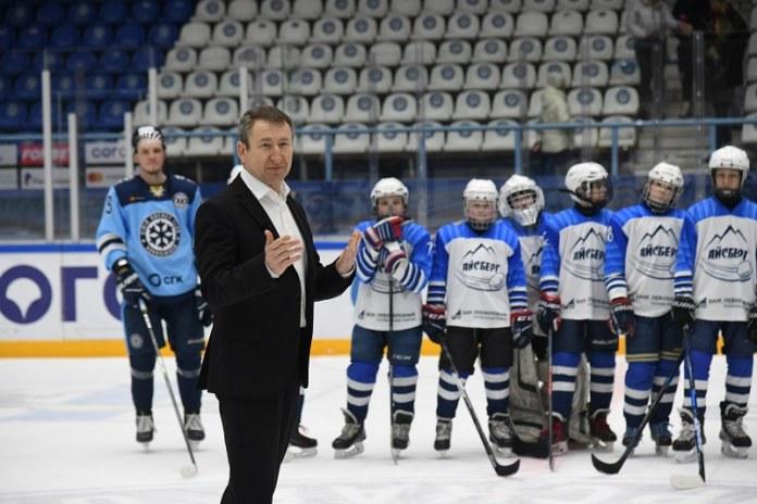 Миниатюра для: «Ростелеком» поддержал сибирский «Хоккей в глубинке»