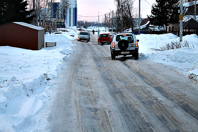 участок дороги улицы Порт-Артурской