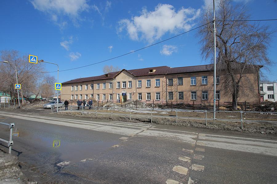 школа постройки 50х годов