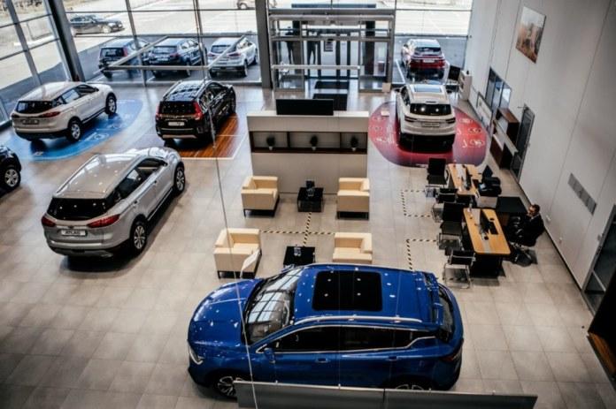 Миниатюра для: Сибирский дилер Porsche запустит салон китайской марки Geely
