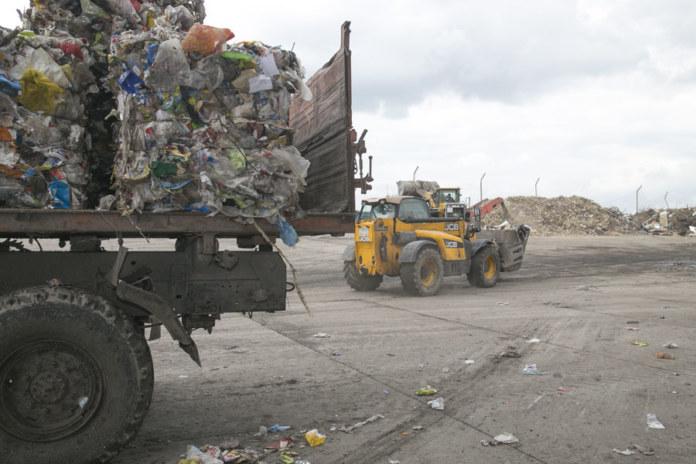 Миниатюра для: В Новосибирске прошел пикет против нового полигона для мусора