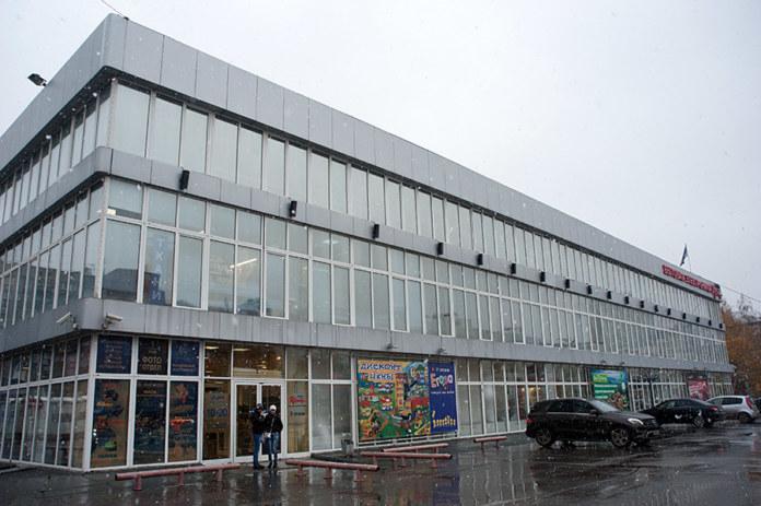 Миниатюра для: В Новосибирске ликвидируют управляющую компанию ЦУМа