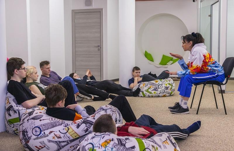 «Ростелеком» в Новосибирске организовал зарядку с победителем Олимпийских игр - Фотография