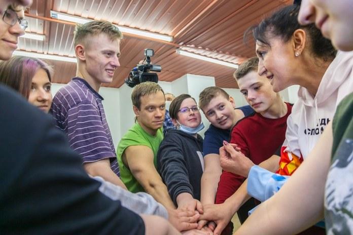 Миниатюра для: «Ростелеком» в Новосибирске организовал зарядку с победителем Олимпийских игр
