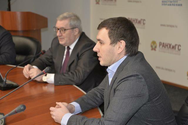 Валентин Тиунов и Виктор Толоконский