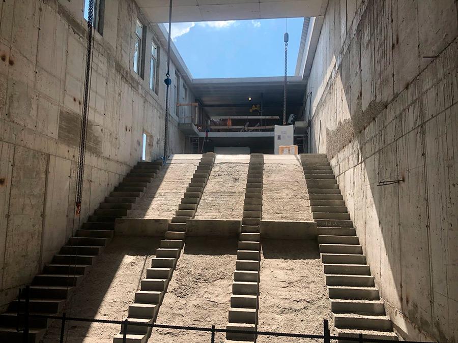 мэрия и эскалаторы