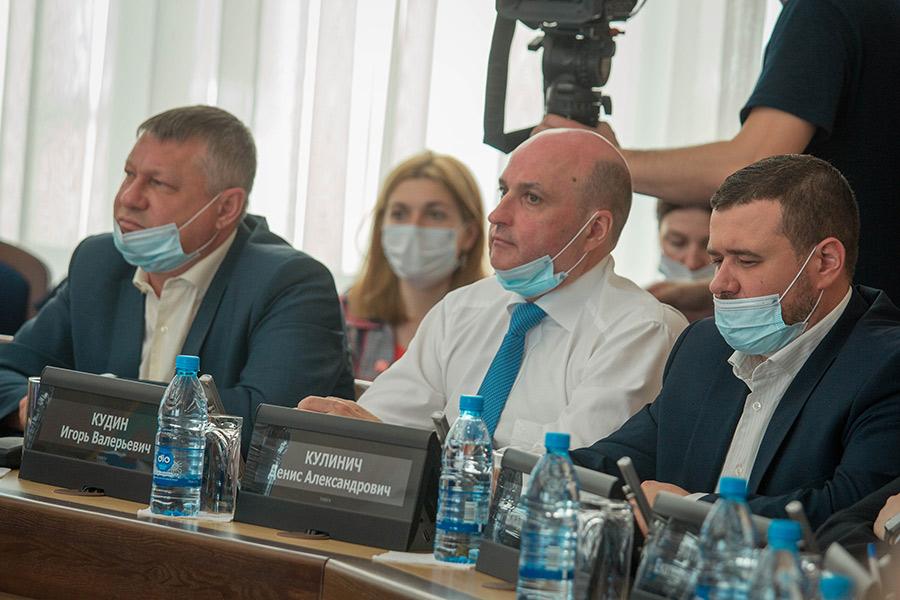 8 сессия Совета депутатов г. Новосибирска проект «Территория детства»