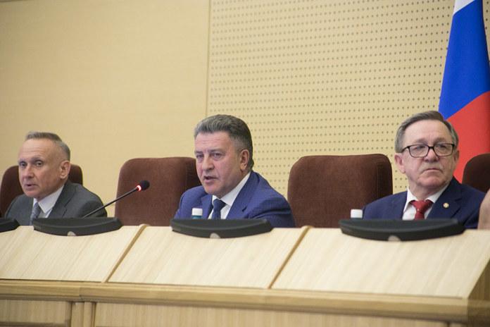 Миниатюра для: Наказы избирателей и поправки к закону об охоте — таковы итоги очередной сессии Законодательного собрания Новосибирской области