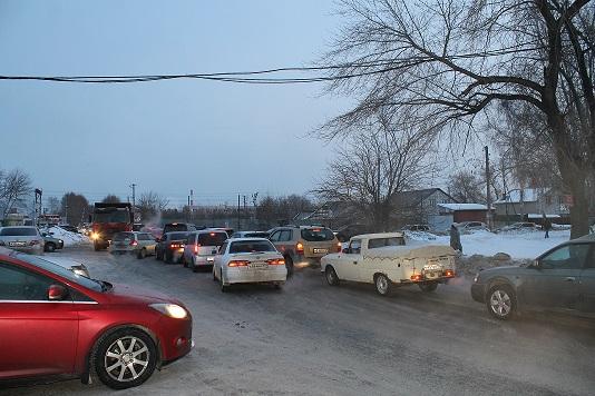 Миниатюра для: С 17 мая в Новосибирске ограничат движение по улице Станционной, а поток машин направят через ж/д переезд