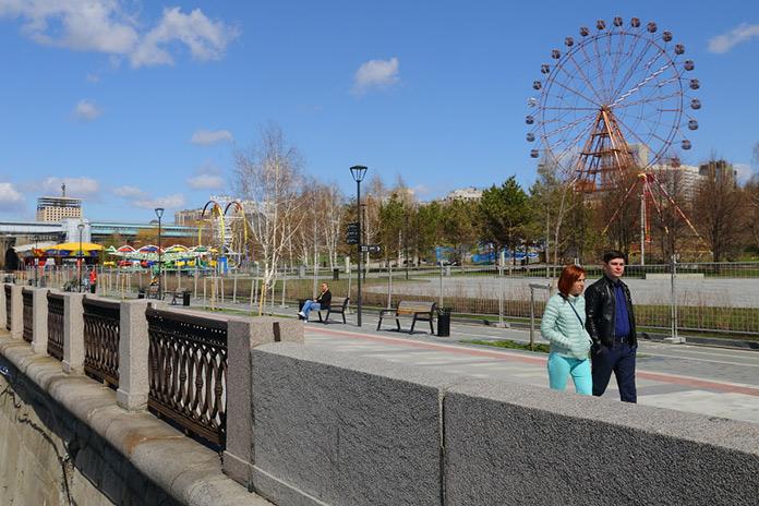 Михайловская набережная в Новосибирске участок реконструированной набережной