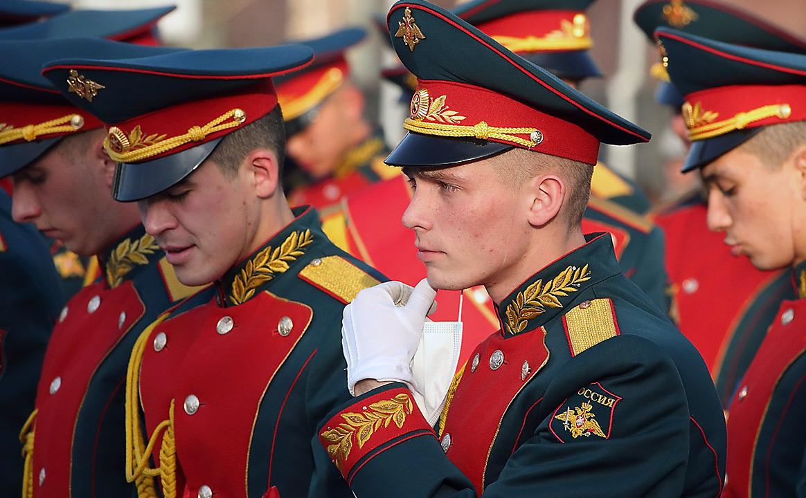 Репетиция Парада Победы курсанты