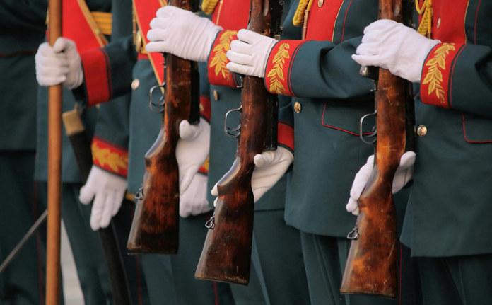 Миниатюра для: Следователи заинтересовались новосибирским краеведом за критику Дня Победы