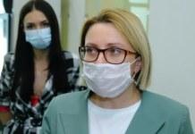 Елена Аксёнова в маске интервью комментарий пресса