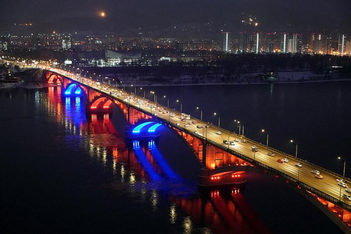 Красноярск зима мост ночь подсветка