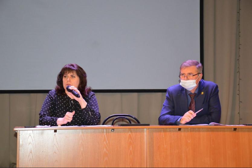 Сессия совета депутатов Искитимского района