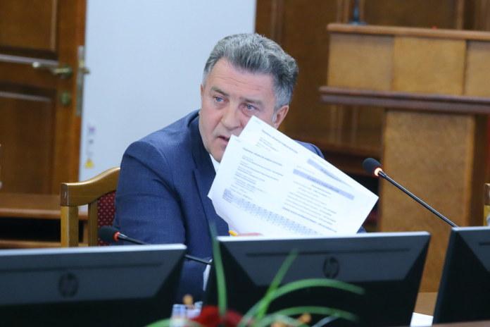 Миниатюра для: Андрей Шимкив министру экономразвития Новосибирской области: «Перестаньте рассказывать нам сказки!»