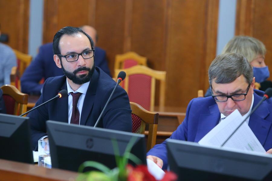 Андрей Шимкив министру экономразвития Новосибирской области: «Перестаньте рассказывать нам сказки!» - Изображение