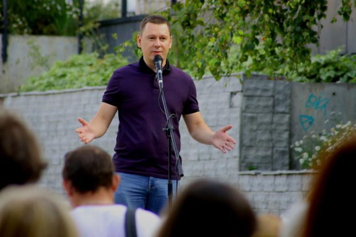 Миниатюра для: Новосибирский суд оставил журналиста Николая Сальникова под стражей