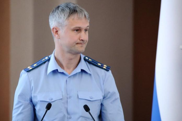 Миниатюра для: Экс-прокурора Новосибирска отпустили из-под домашнего ареста