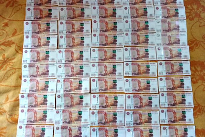 Директор томской компании потребовал 3 млн рублей