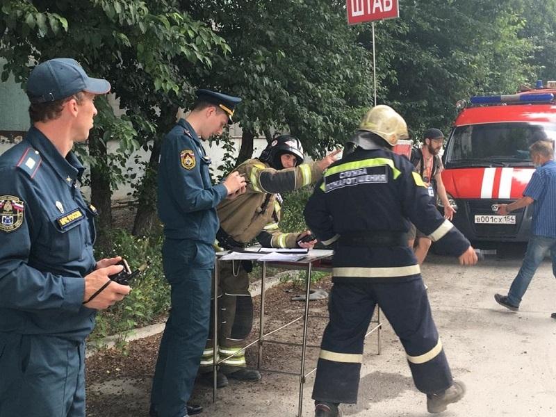 Еще один крупный пожар произошел в Новосибирске на территории металлургического завода - Фото