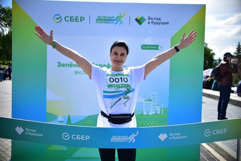 Зеленый марафон Сбера пробежали 3 тысячи новосибирцев - Изображение