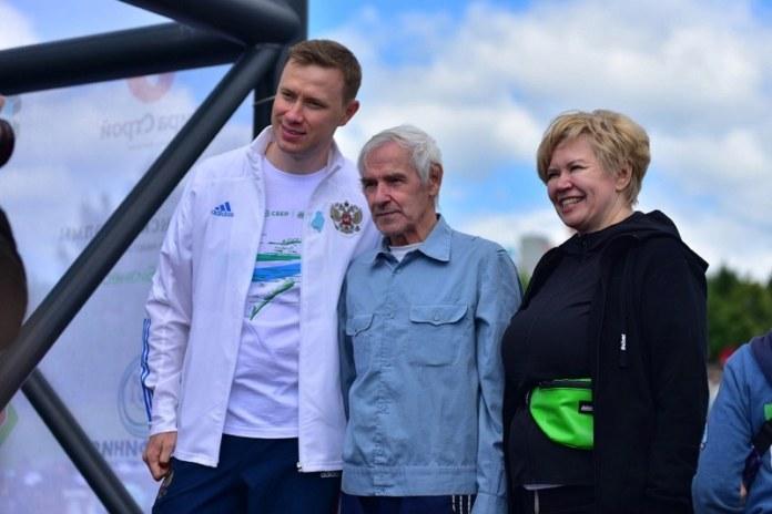 Миниатюра для: Зеленый марафон Сбера пробежали 3 тысячи новосибирцев