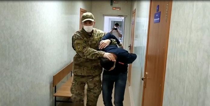 Миниатюра для: Житель Новосибирска задержан за финансирование террористической организации, связанной со взрывами в метро Санкт-Петербурга