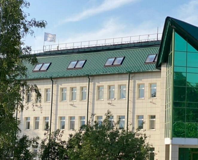Миниатюра для: Учредитель института имени Кобзона продает бизнес-центр неподалеку от новосибирского Академгородка