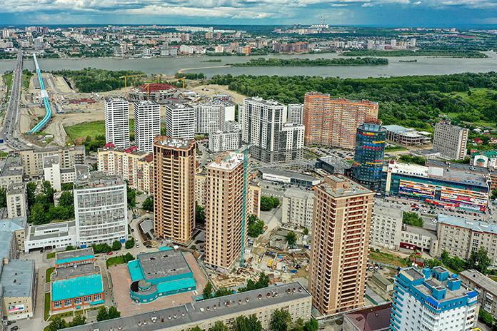 Район, в котором находится «Расцветай на Маркса», считается одним из самых развитых с точки зрения инфраструктуры левого берега города