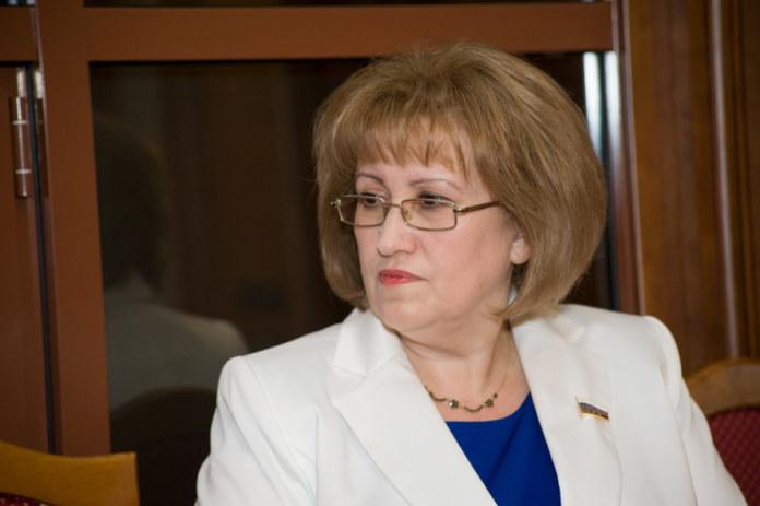 Миниатюра для: Новосибирский депутат Госдумы предложила вернуться к советской системе по «ключевым государственным позициям»