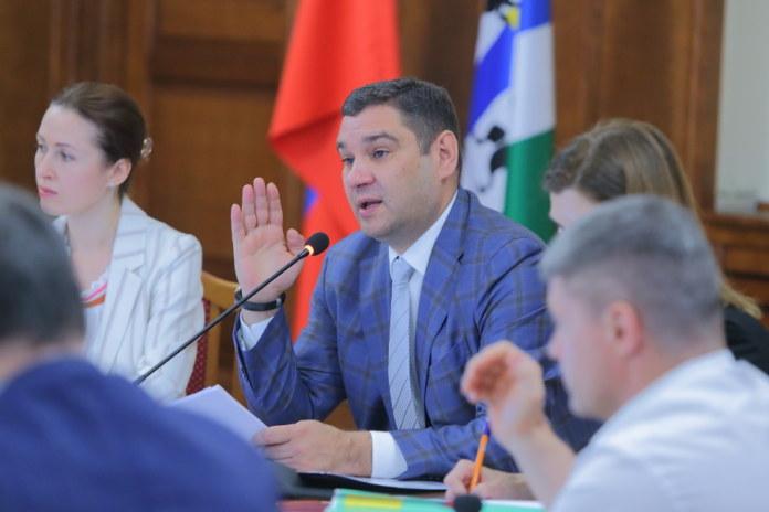 Миниатюра для: Депутаты Заксобрания поддержали увеличение бюджета Новосибирской области на 2021 год на 7 млрд рублей