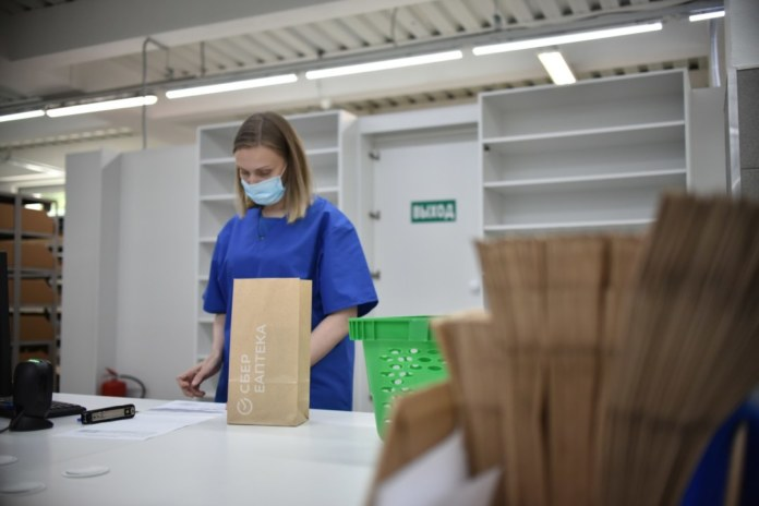 Миниатюра для: Первый хаб СБЕР ЕАПТЕКИ открылся в Новосибирске