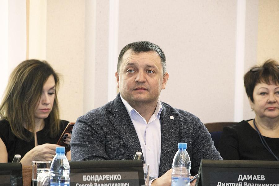 Дмитрий Дамаев