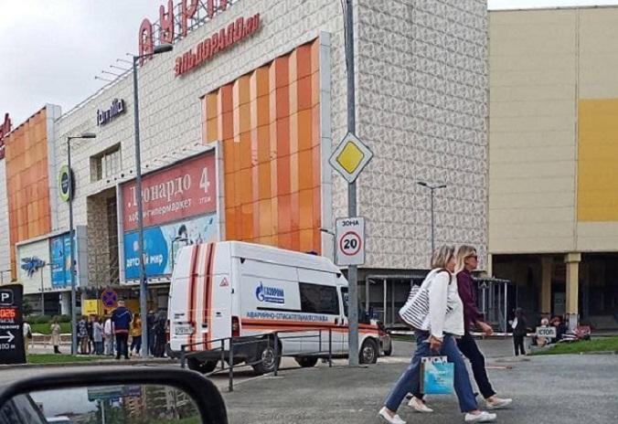 Массовая эвакуация в торговых центрах Новосибирска